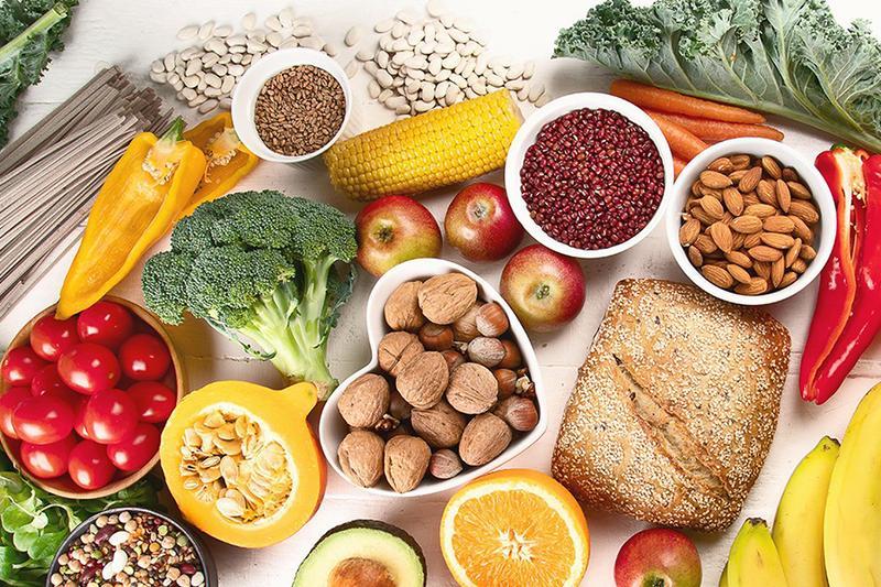 Cách thức lựa chọn thực phẩm khi đặt tiệc đám giỗ quận 3 nhằm tăng sức đề kháng chống Covid-19 cho người lớn tuổi